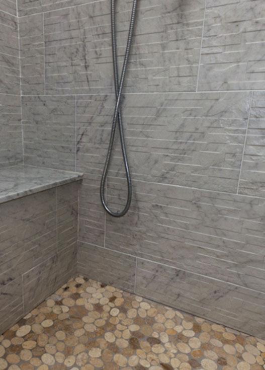 Piastrelle pavimenti rivestimenti ceramiche legnano for Piastrelle bagno pietra